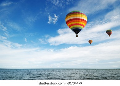 Hot air balloon travel over gulf of Thailand