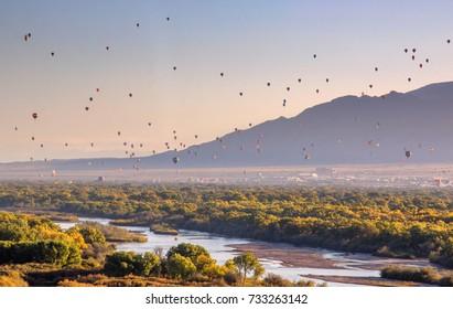 Hot air balloons over Rio Grand River.
