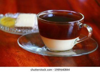 Hot blackcoffee with condensed milk