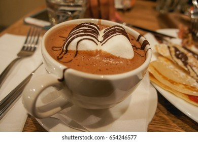 Hot chocolate with marshmellow