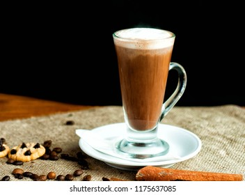 Hot Cocolate with cookies