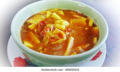 hot curry  with shrimp and soft peak coconut