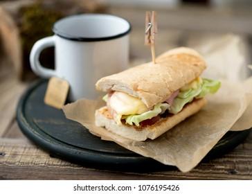 hot sandwich with tea