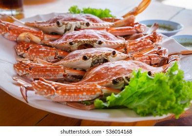 Hot Steamed crabs on dish, Selective focus