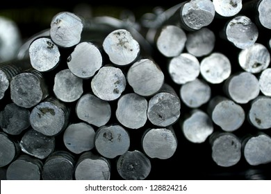 Hot-dip galvanized steel bars