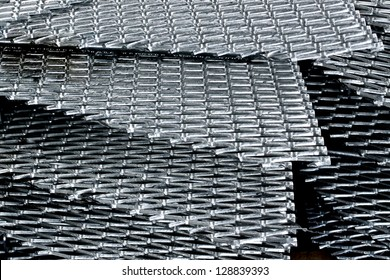 Hot-dip steel grating