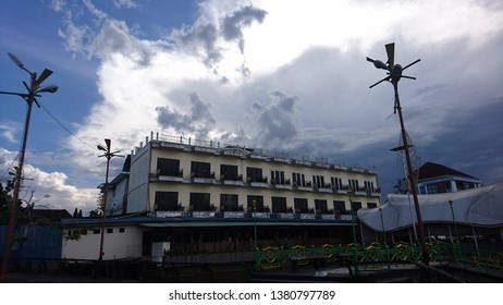 Hotel building front view background, Pontianak of West Borneo State - Wall street - Image, January 2019