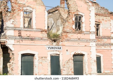 House bombarded during battle in Croatian hero city of Vukovar