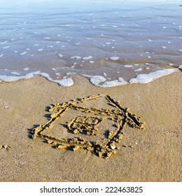 House, drawn in the sand