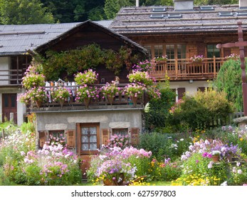 House flowers in the alps