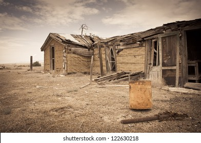 House ghost town
