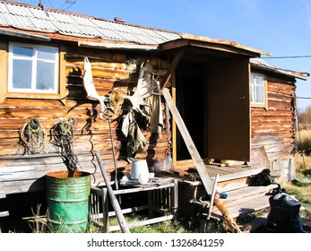 The house of the hunter of the reindeer breeder in the tundra