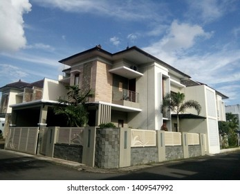 House in Indonesia real estate complex, very elegant, example of a 2-storey house type 140,