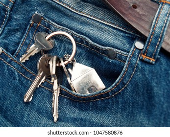 House keys in the jeans pocket.