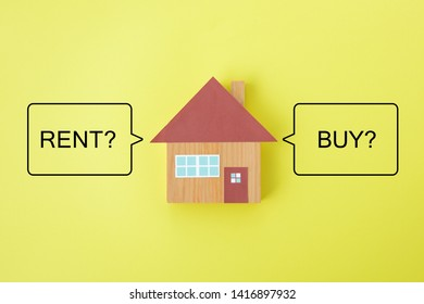 House object and speech bubbles with rent and buy