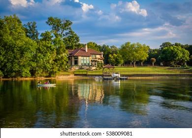 House on the shore of Lake Norman, in Cornelius, North Carolina.