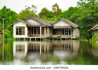 house on watter