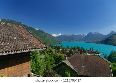 House overlooking Lake Annecy and surrounding mountains in France