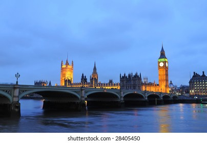 House of Parliament with Big Ben and Westminsiter bridge in London