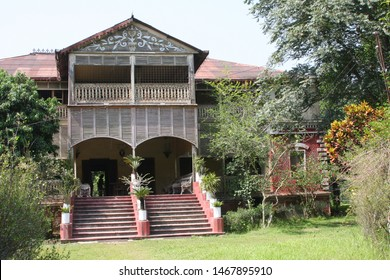 The house of a real  king in Bangladesh , built in 1899, is built with complete iron, the house is named Masud Manzil, local people call it an iron house.
