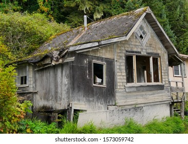 House that is falling apart