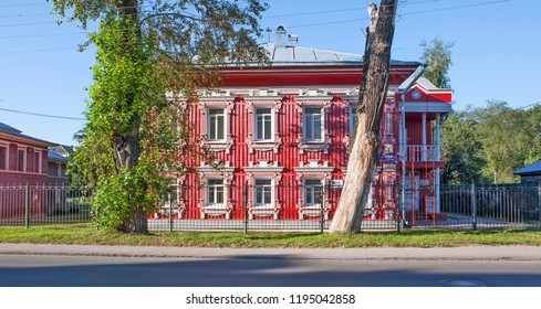 House Vakhrameevoy. Wooden architecture. House on the street. Gogol, 53 A. Vologda. Russia