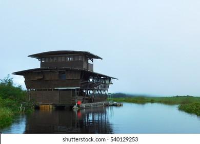 Houseboat - Kaw-Roura - French Guyana