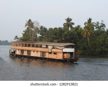 A houseboat plying on the lake in Alleppey