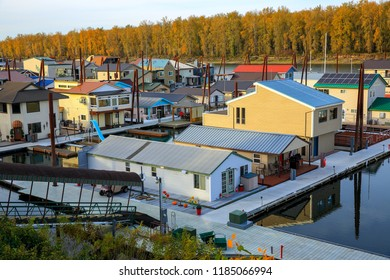 Houseboats along the waterfront in Portland, Oregon-USA