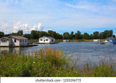 Houseboats and floating homes on Lake Erie Pennsylvania