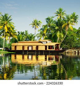 houseboats floating on the backwaters of Kerala
