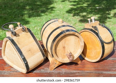 Household wooden containers for storage and transport of liquids, wine, brandy, whiskey and other spirits - 3, 5 or 10 liters.