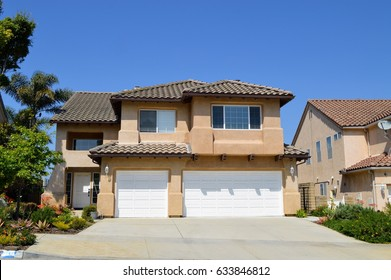 Houses and estates in an upscale neighborhood of Los Angeles, CA.