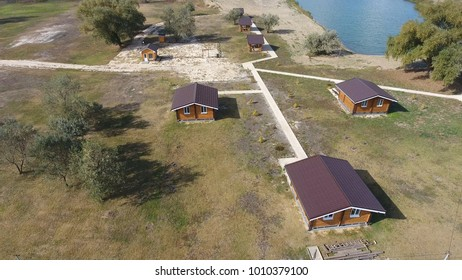 Houses on the basis of rest. Homes for tourists and hunters. The hostel. Infrastructure for stopping tourists and hunters and fishermen. Houses, paths, platforms for walking and leisure.