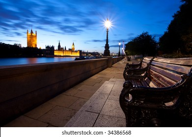 Houses of Parliament from ablert embankment