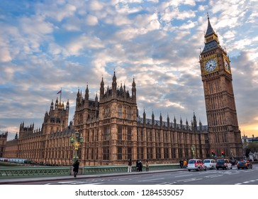 Houses of Parliament and Big Ben at sunset, London, UK