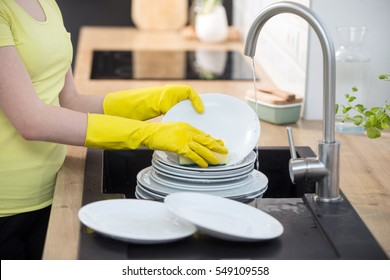 housework in the kitchen, dishwasher