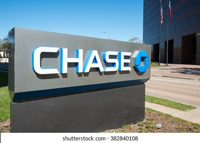 HOUSTON, TEXAS - FEBRUARY 2016: JPMorgan Chase Bank stand with the company logo outside of office on February 2016 in Houston, United States.