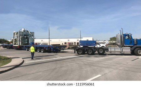 Houston, TX ., Baytown., 15.06.2018., Blue truck car shipping a Beacon Upper Stack from the Northwest side of Houston TX to Baytown TX. The stack is 16'x 14'x 18'11'x 226,000#.