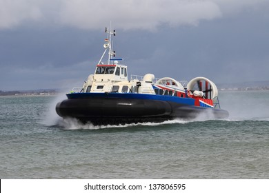 Hovercraft on the Solent