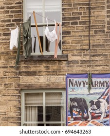 Howarth, West Yorkshire, England, UK. May 19th 2017. Decorated shops ready for the Howarth 1940's weekend, Haworth, West Yorkshire, England, UK