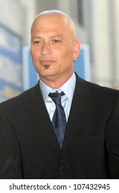Howie Mandel  at the Hollywood Walk of Fame Ceremony honoring him. Hollywood Boulevard, Hollywood, CA. 09-04-08
