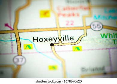Hoxeyville. Michigan. USA on a map