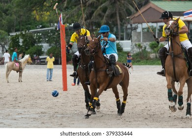 HUA HIN, THAILAND - APRIL 25: Hong Kong Polo Team (blue) plays against Macau Polo Team (yellow) during 2015 Beach Polo Asia Championship on April 25, 2015 in Hua Hin, Thailand.