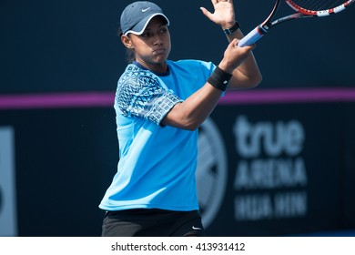 HUA HIN, THAILAND-APRIL 11:Steffi Carruthers of Samoa returns a ball during Day 1 of Fed Cup by BNP Paribas on April 11, 2016 at True Arena Hua Hin in Hua Hin, Thailand