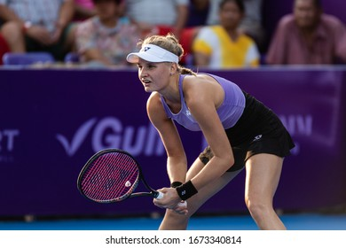 HUA HIN, THAILAND-FEBRUARY 3:Dayana Yastremska of Ukraine prepares to return a serve during the final round of 2019 Toyota Thailand Open on February 3, 2019 at True Arena Hua Hin in Hua Hin, Thailand
