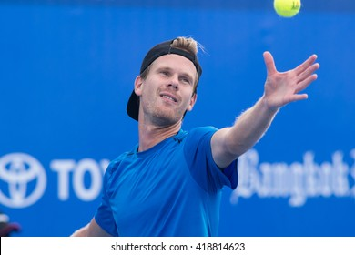 HUA HIN, THAILAND-NOVEMBER 3:Nils Langer of Germany serves during Day 2 of EA Hua Hin Open on November 3, 2015 at Hua Hin Centennial Club in Hua Hin, Thailand