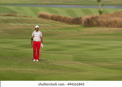 HUAHIN, THAILAND-FEBRUARY 12: Jyoti Randhawa of India prepares for next move during Round 1 of 2015 True Thailand Classic on February 12, 2015 at Black Mountain Golf Club in Hua Hin, Thailand