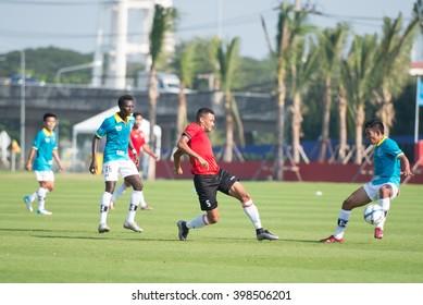 HUAHIN THAILAND-JAN28,2016:  Rodrigo maranhao(R) of port fc in action during friendly match pre-season between port fc and hunhin city at True arena huahin on january,2016