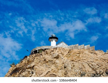 Huatulco, Mexico, Lighthouse It is the operating lighthouse of Santa Maria Huatulco. The lighthouse is visible from almost anywhere.